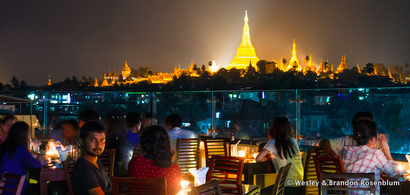 Vista Bar with view of Shwedagon Pagoda